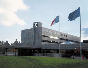 Indesit берет контроль над брендом GE